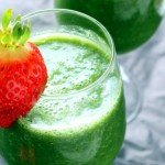 Dr. Phoenyx Approved Recipe: Kale & Strawberry Green Smoothie