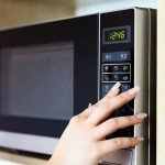 Do Microwave Ovens Make Food Less Nutritious? (VIDEO)